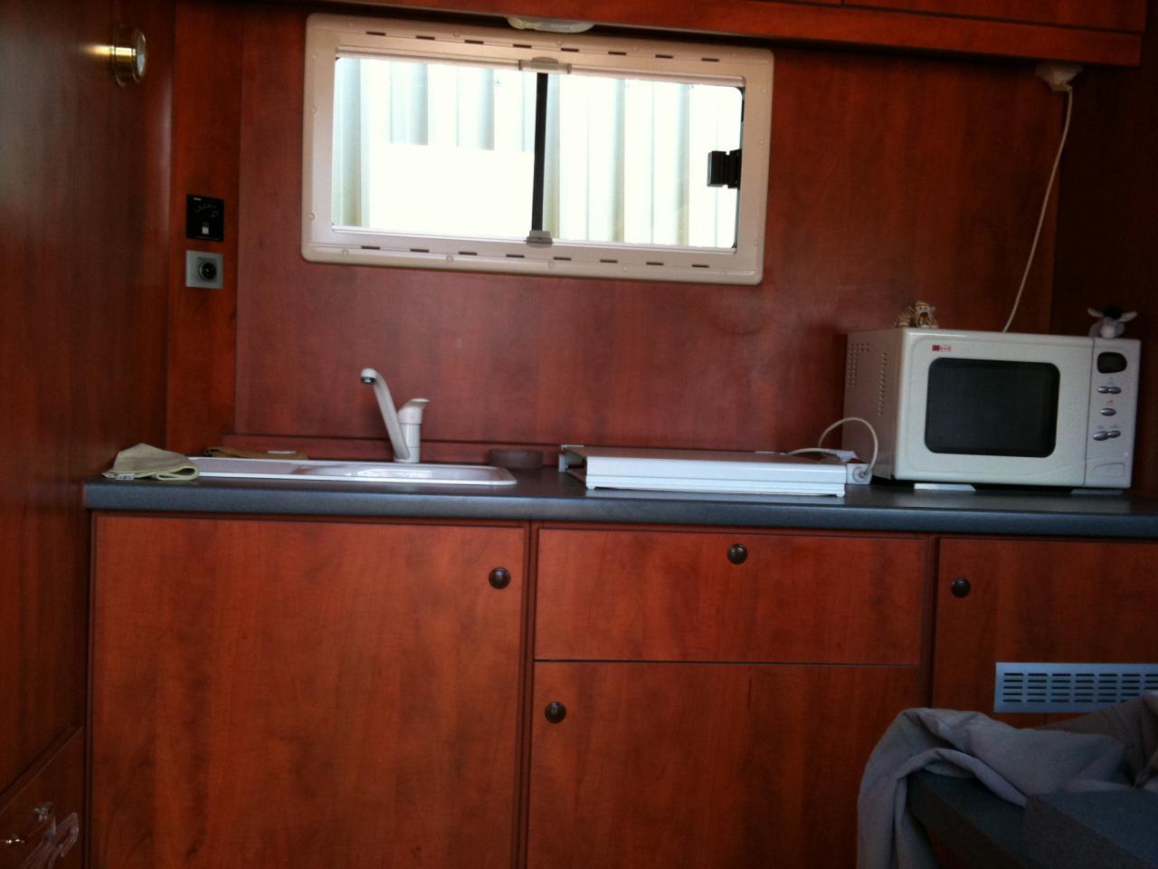a vendre camion 4 chevaux avec home car 252203 acheter ce camion equirodi france. Black Bedroom Furniture Sets. Home Design Ideas