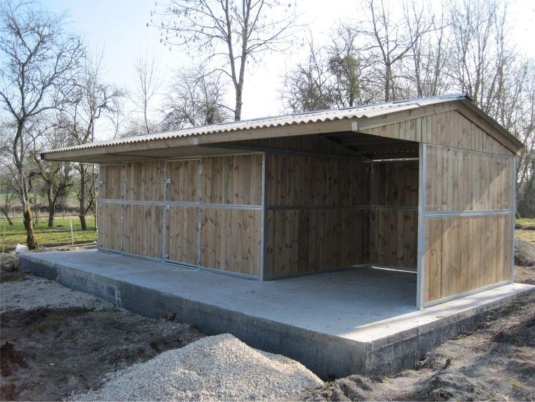 boxes et abris chevaux cheval libert 317117 acheter ce mat riel equirodi france. Black Bedroom Furniture Sets. Home Design Ideas